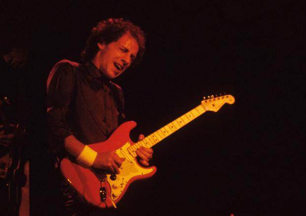 Hear Mark Knopfler\'s isolated guitar from \