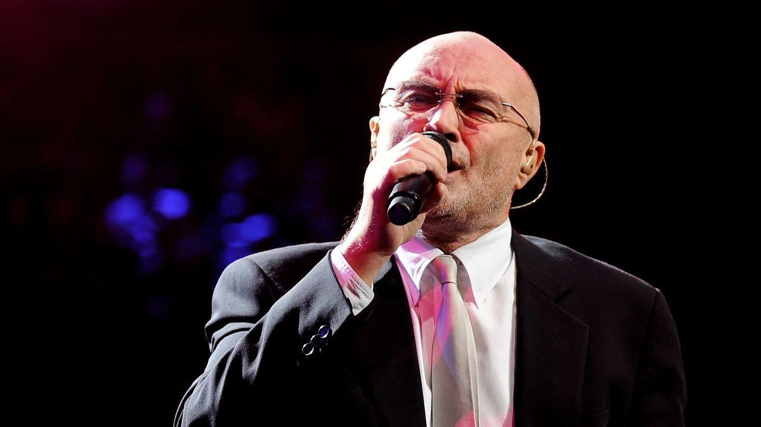 phil collins plots first major north american tour in 12 years direstraits. Black Bedroom Furniture Sets. Home Design Ideas