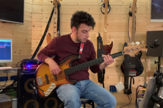 "Bass Cover of the Song ""Love Over Gold"" by Fabio Fusco"