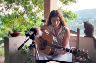"""""""Iron Hand"""" – Acoustic Dire Straits Cover by Anabela Silva"""