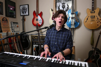 jake-thistle-sultans-of-swing-new-cover-video-keyboards-dire-straits-blog-fan-club-video