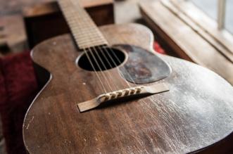 part-one-martin-guitars-story-dire-straits-blog-news-guitar-stories